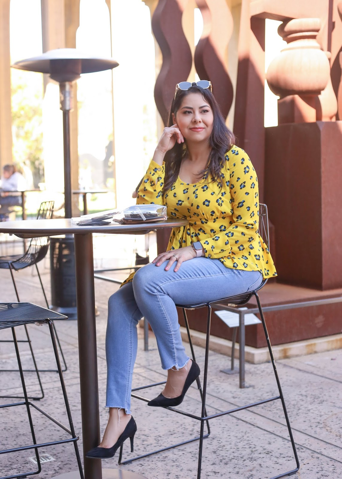 how to wear colorful leopard