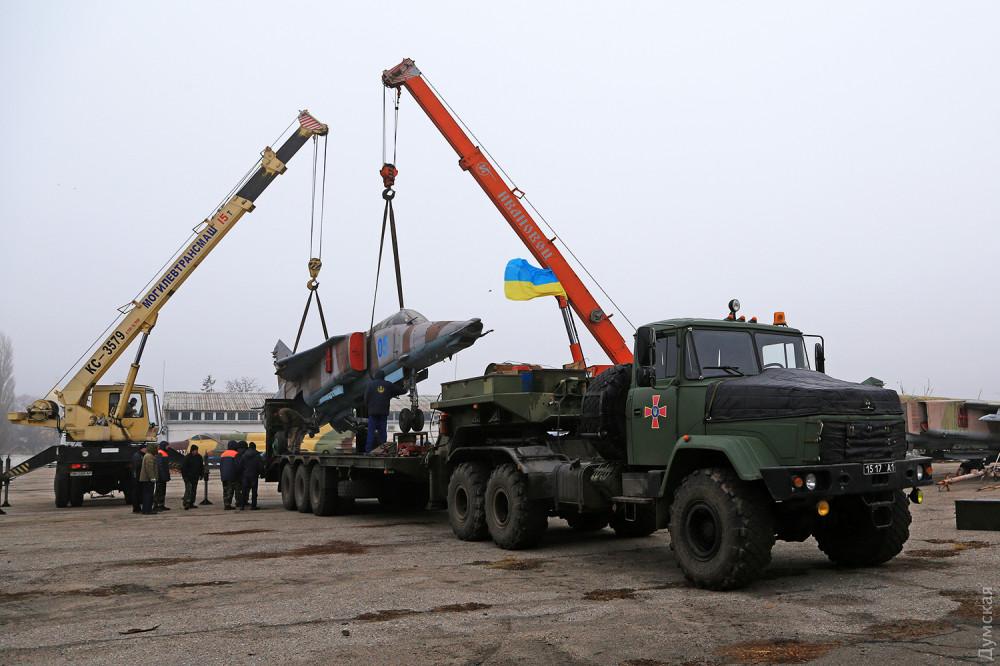 Одеський завод поповнив експозиції авіаційних музеїв