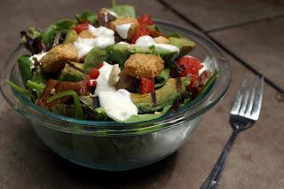 Grilled Avocado BLT Salad {Vegetarian} 7