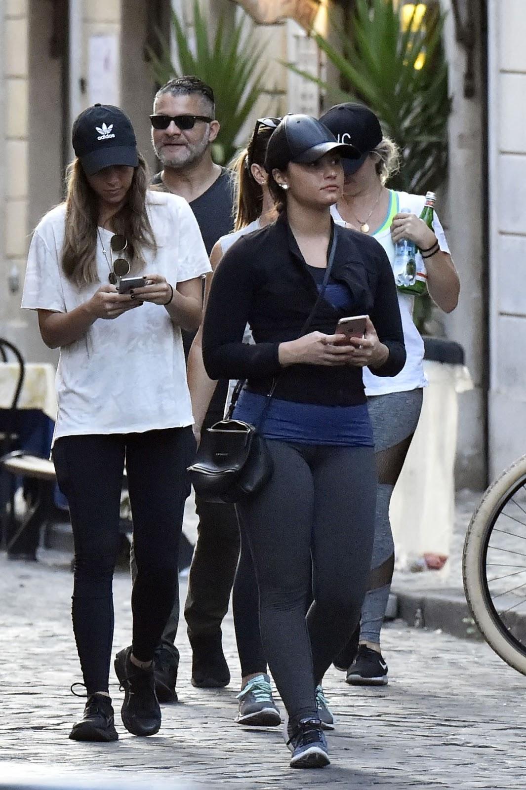 Demi Lovato Out in Rome