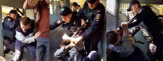 В Москві затримали Олексія Навального - відео