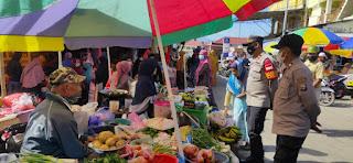 Kapolsek Alla Polres Enrekang Sambang Dialogis Di Komplek Pasar Sudu