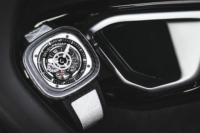 SEVENFRIDAY P3C/07 White Carbon