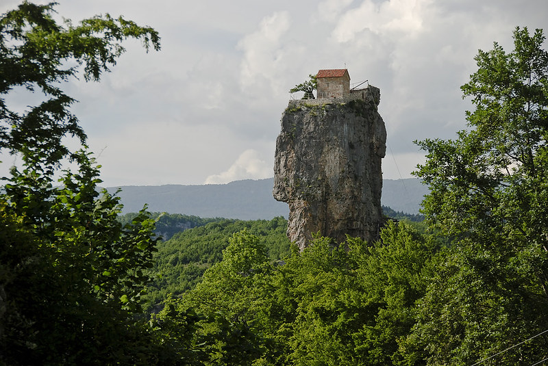 the katskhi pillar; katskhi pillar in western georgia; katskhi pillar inside; katskhi pillar georgia; katskhi pillar; maxime qavtaradze; rock pillars on house; top of the rock wine cellar; the rock church georgia; maximus georgia; limestone pillar; pillars monk build; georgia pillar;