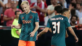 3 Possibl swap deal players Barcelona could enter with Ajax