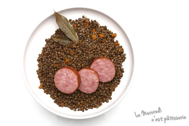 Lentilles et saucisses de Morteau