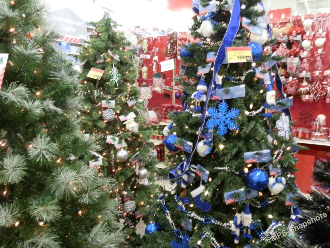 Canadian Tire Christmas Decorations Mfs Snapshots Christmas Time In Stores 26 Snapshots
