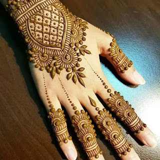 Stylish_lace_with_dot_henna_pattern
