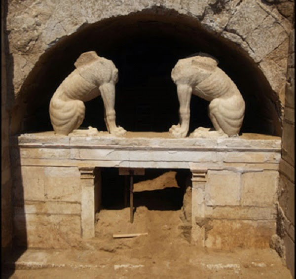 Amphipolis tomb entrance gradually revealed