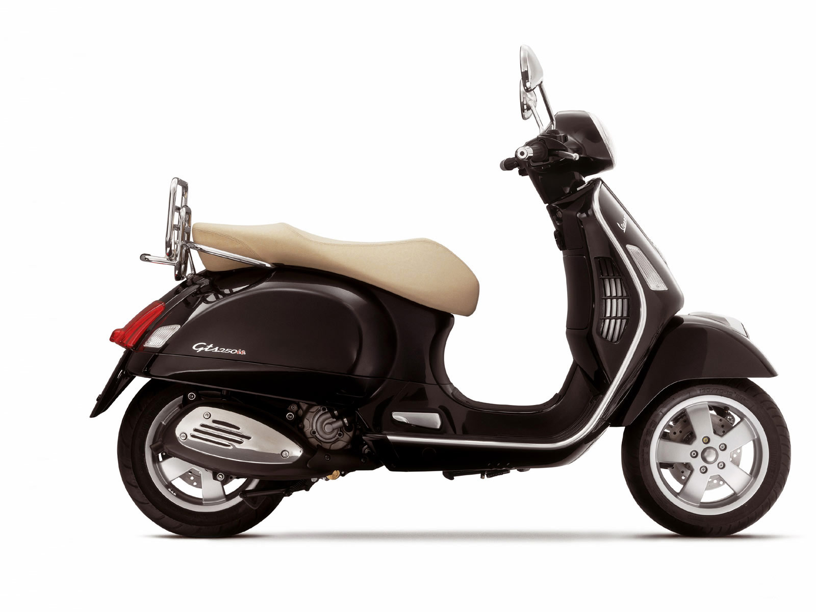 accident lawyers 2007 vespa gts 250ie scooter pictures. Black Bedroom Furniture Sets. Home Design Ideas