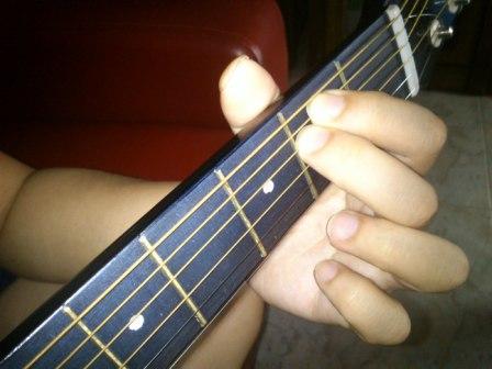 Guitar guitar chords em : Guitar and Ukulele lessons Singapore, Bedok : Music Tutorials ...