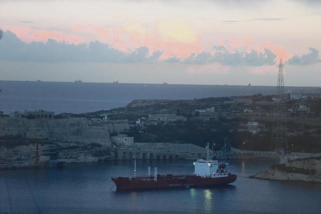 Venezuela utiliza Hurds Bank, frente a Malta, 'para eludir las sanciones estadounidenses'  400,000 toneladas de productos refinados enviados desde junio