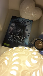 http://booksandmyrabbits.blogspot.de/2017/02/rezension-light-darkness.html