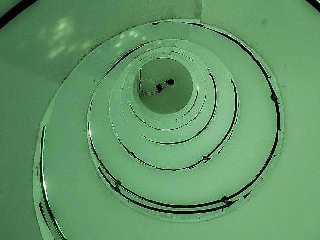 Escadaria do Farol Mostardas vista de baixo