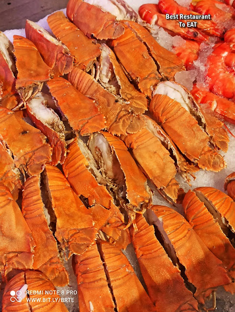 Kontiki Seafood BBQ Buffet Menu -Seafood on Ice - Cray Fish