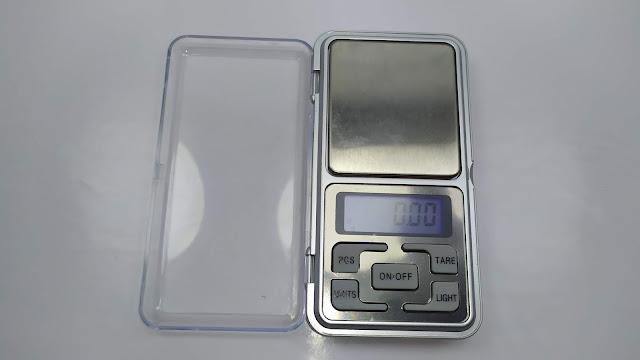 ميزان الكتروني صغير و دقيق يحتاجه كل بائع مجوهرات Mini Pocket Digital Scale