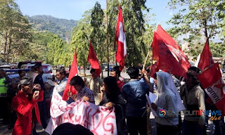 Demo Mahasiswa LPM