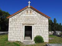 Crkvica i groblje sv. Rok, Sumartin, otok Brač slike