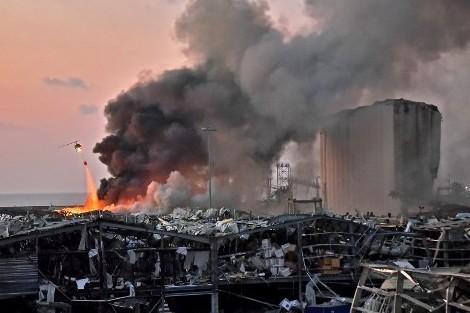 """ما عدد الضحايا؟ .. """"الانفجار الكبير"""" في مرسى بيروت"""