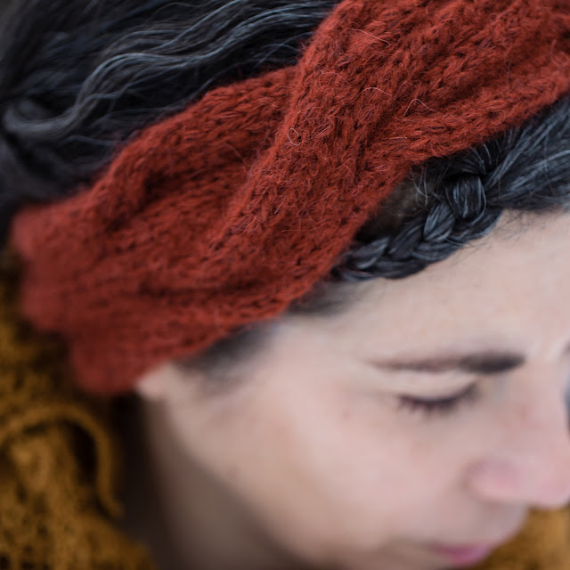 Twistola Headband by Laura Nelkin in CaMaRose Snefnug