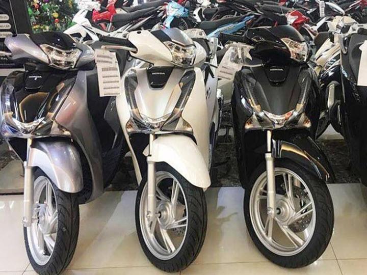 Honda SH cháy hàng chưa từng có, giá tăng mạnh sau mùa dịch