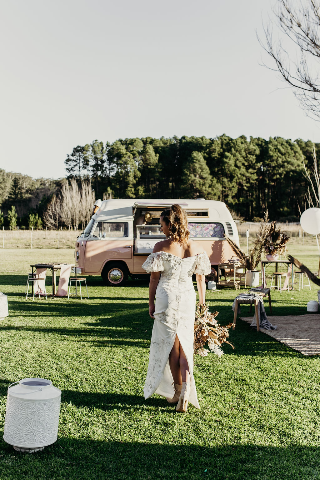 STYLED: ECLECTIC FESTIVAL BRIDE INSPIRATION   BOBS FARM NSW