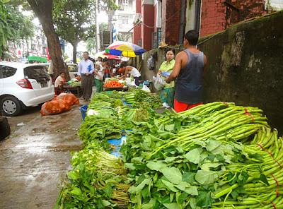 Myanmar street food in Yangon 11