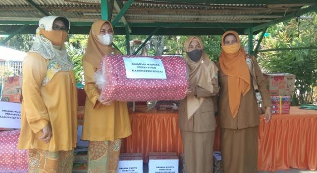 Dharma Wanita Persatuan Salurkan Bantuan di Panti Asuhan Al Hidayah