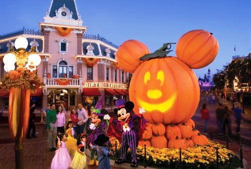 Festa de Halloween no parque Disney Magic Kingdom em Orlando