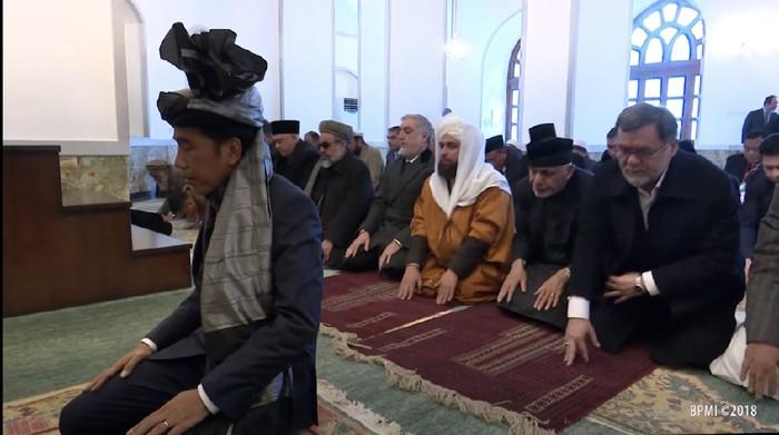 Dulu Diimami Shalat oleh Jokowi, Presiden Afghanistan Kini Kabur Usai Kekuasaannya Direbut Taliban