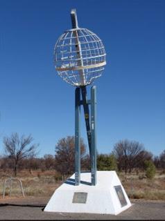 Burt Plain   Tropic of Capricorn Monument