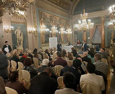 Salón del Palazzo Borghese. Premio Internacional Leonardo da Vinci - El Artista universal