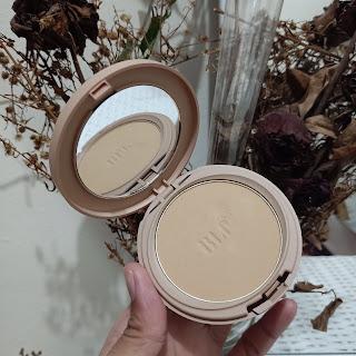 compact powder light coverage