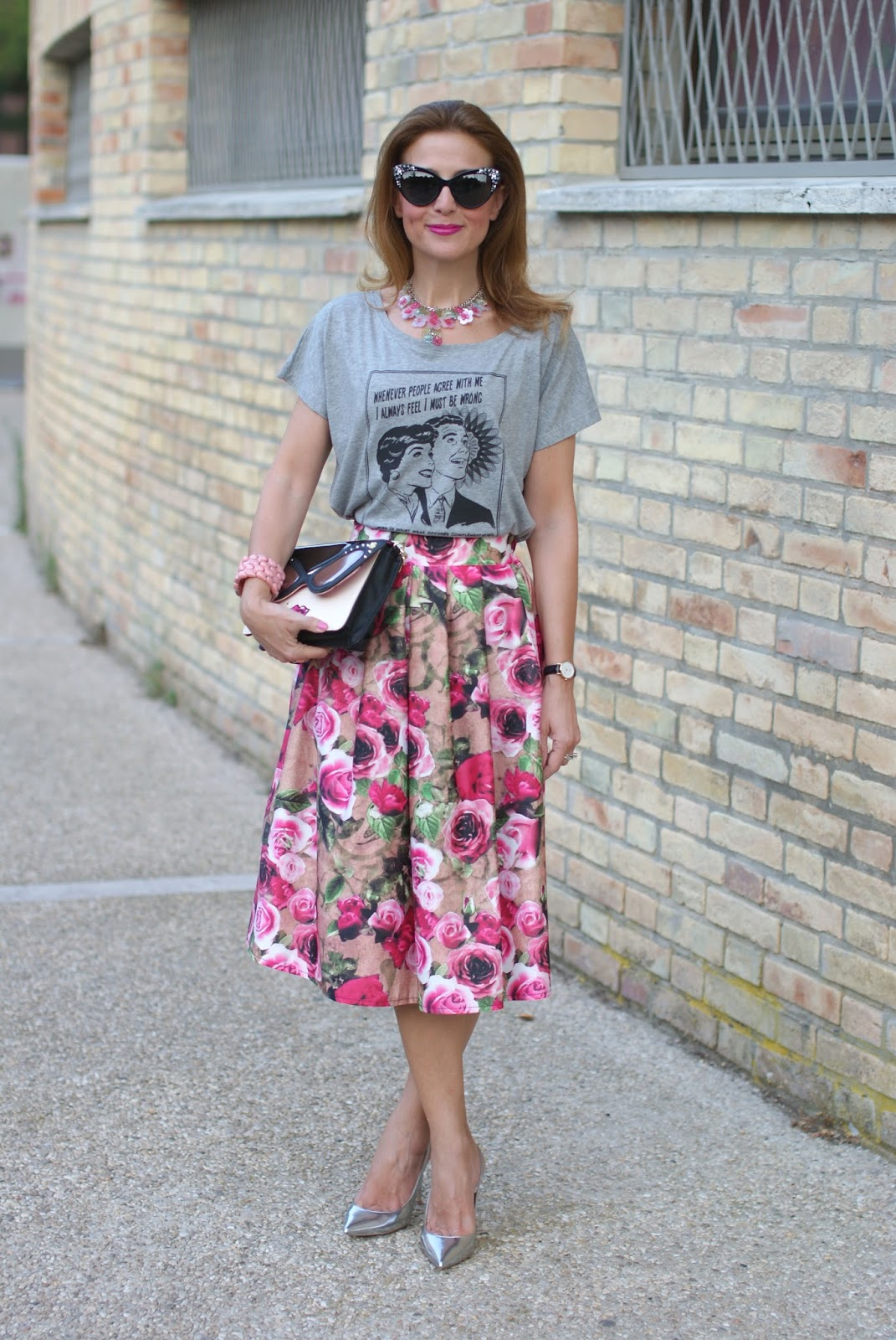 Opposes Complementaires t-shirt con midi skirt con rose e decollete silver Le Silla su Fashion and Cookies fashion blog, fashion blogger style