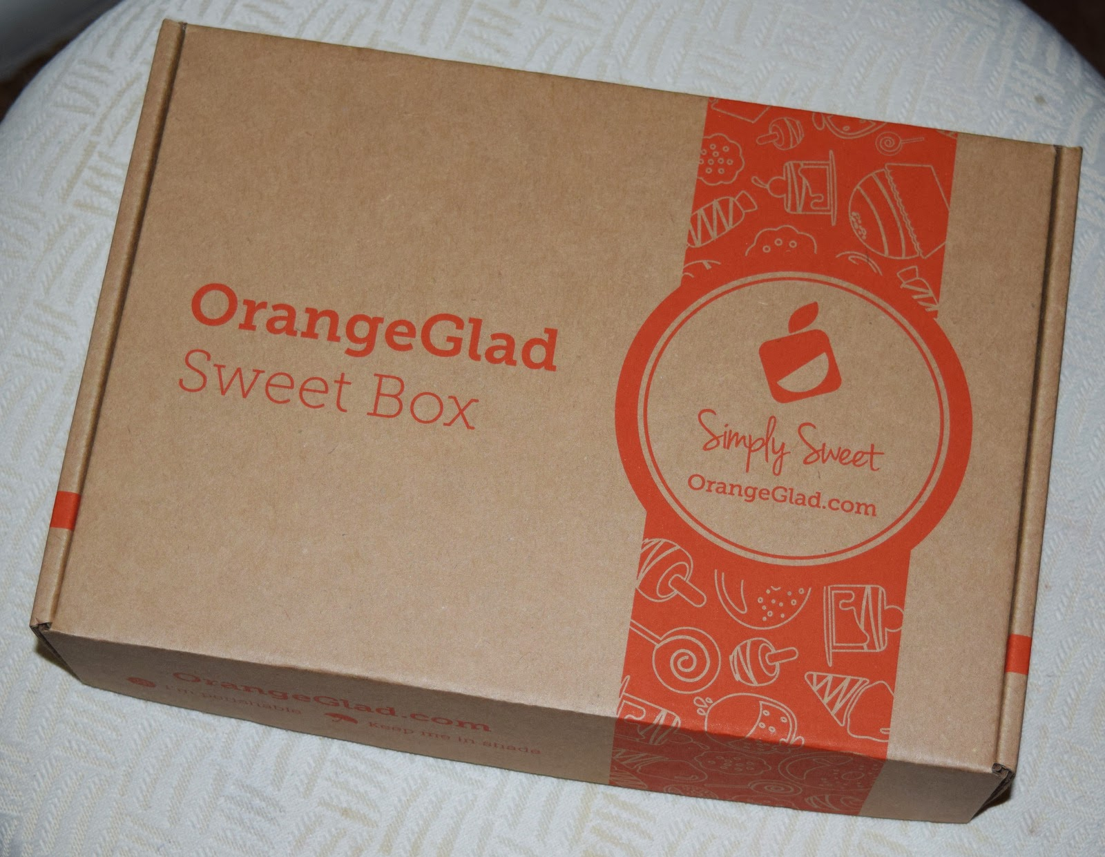 Makeup Amp Mutts Orange Glad Sweet Box Review