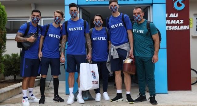 Trabzonspor kupa finali için İstanbul'a gitti