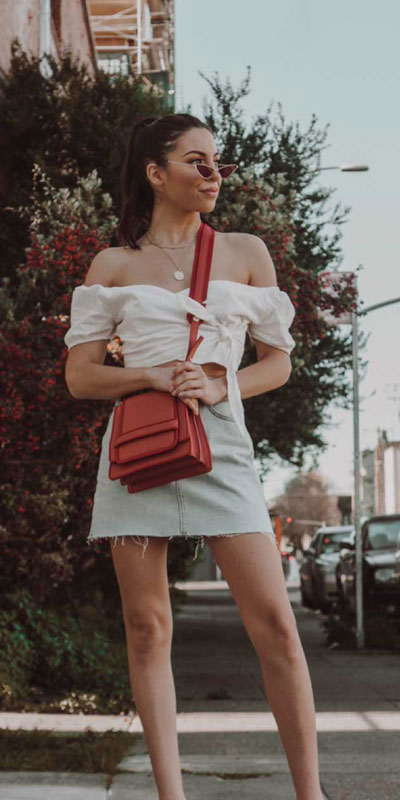Transform your summer looks with these fashion-forward summer outfits for every summer occasion. Summer Outfit Ideas via higiggle.com | skirt outfits  | #summeroutfits #fashion #denim #skirtoutfits