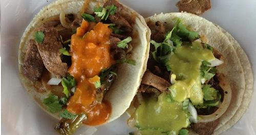 Tacos de Hígado Encebollado