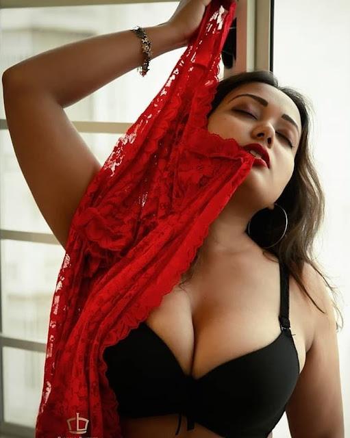 Call girl in Pakistan - Karachi - Lahore - Islamabad HOT and TOP girl