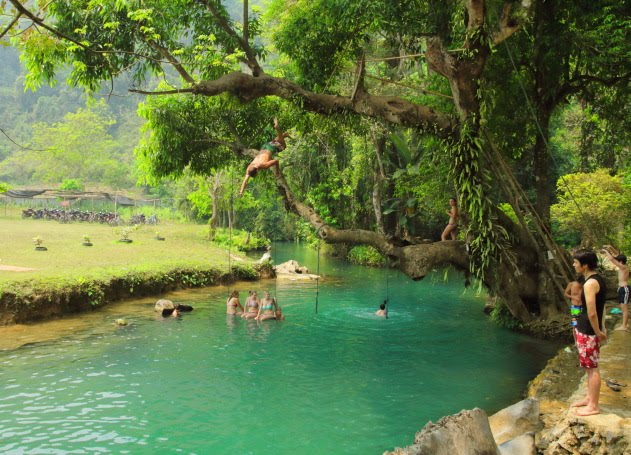 Crazy Jumping Stunts at Vang Vieng's Blue Lagoon