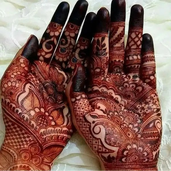 Sweet_henna_design_for_indian