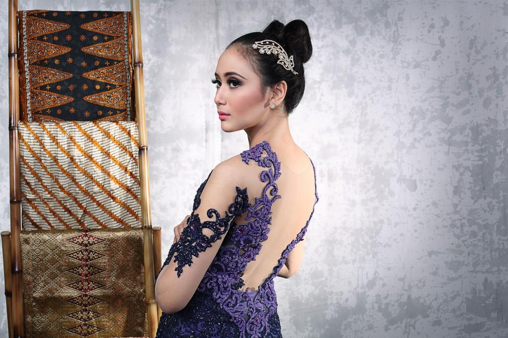 Model Kebaya Modern Terbaru 2017 Simple Dan Elegan