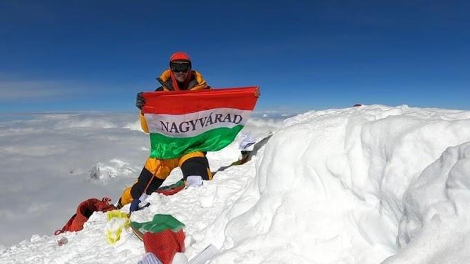 Magyar zászló a Dhaulagiri csúcsán!