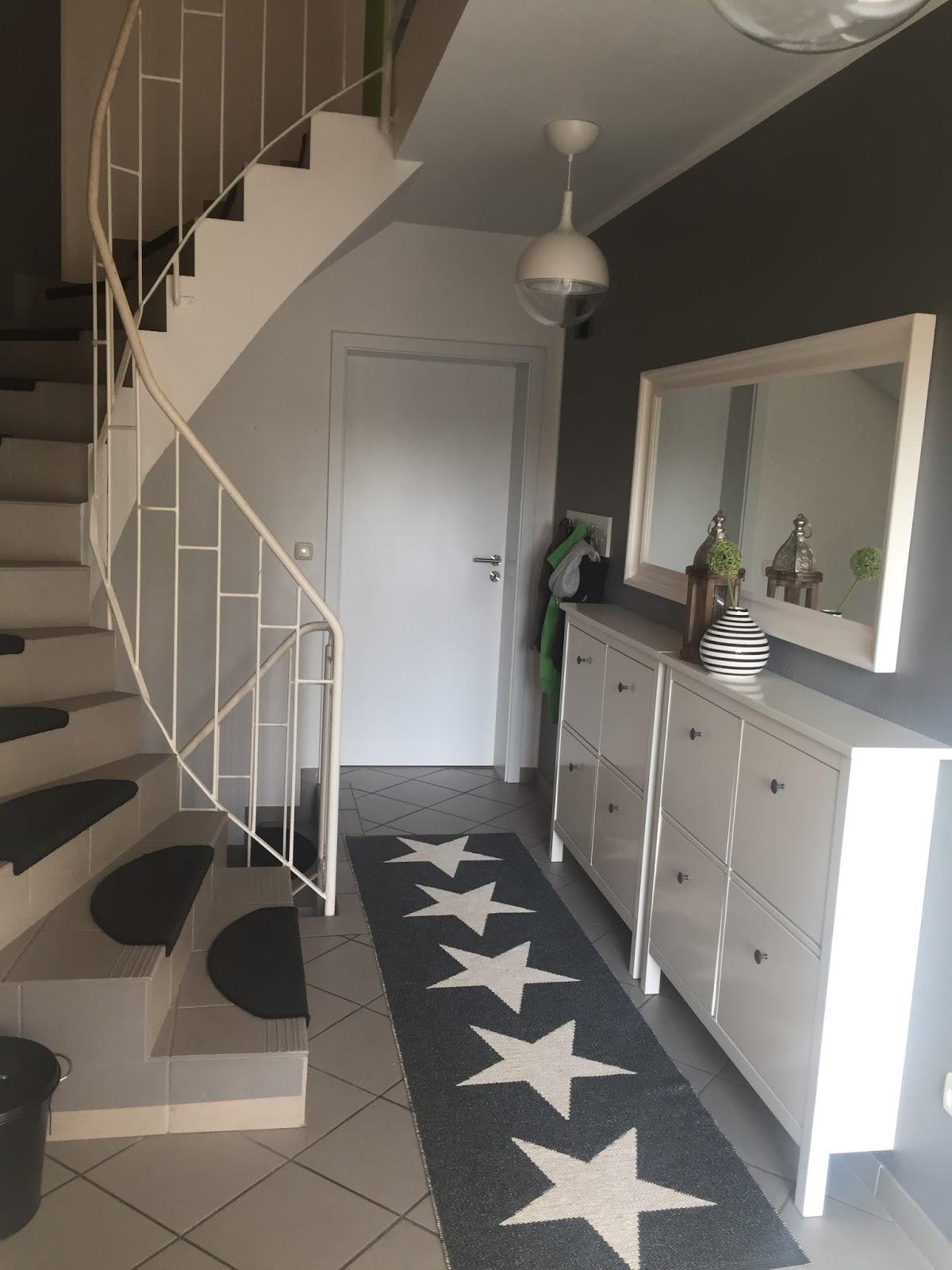 my cozy days hereinspaziert oder ein flur ist ein flur ist ein flur. Black Bedroom Furniture Sets. Home Design Ideas