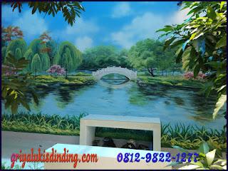 Mural lukis dinding taman