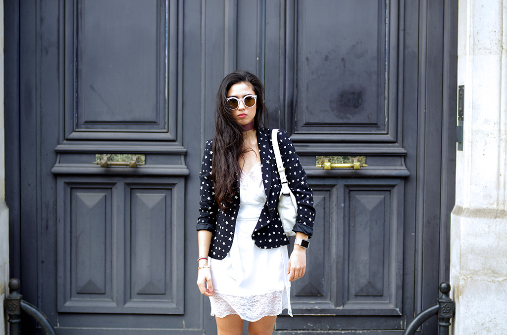Elizabeth l  lingerie in the city outfit l Zara stars jacket Mango lace dress Adidas Stan Smith Quay Australia sunglasses Applewatch l THEDEETSONE l http://thedeetsone.blog