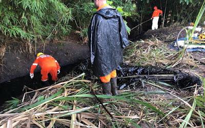 Adema registra vazamento de óleo em córrego na cidade de Riachuelo