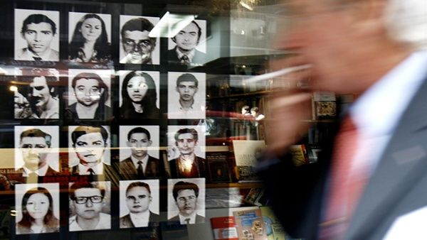 Detienen a exmilitar argentino por crímenes de lesa humanidad