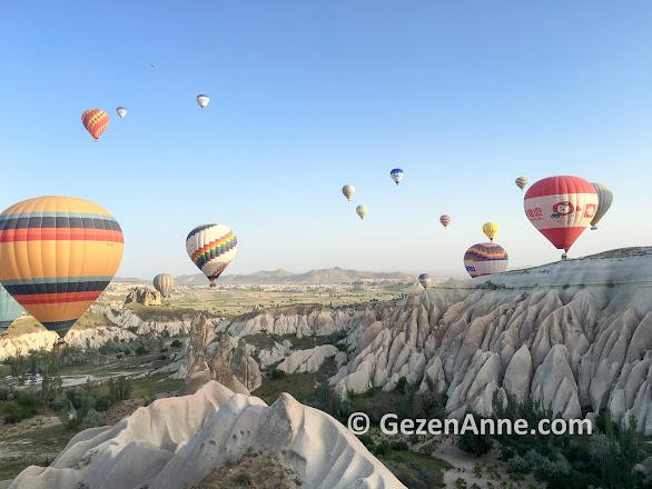 Kapadokya balon turu, kızıl vadi Nevşehir