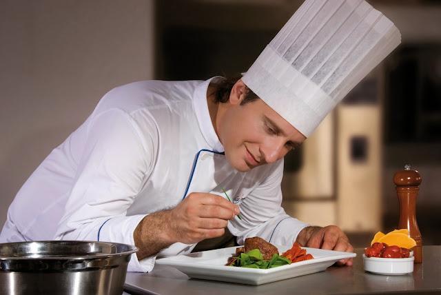 Bạn có biết đầu bếp Âu là gì? Làm thế nào để trở thành đầu bếp Âu chuyên nghiệp?